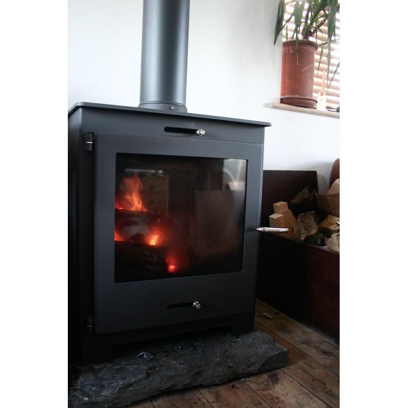 Nero 11 Contemporary Woodburning Stove 11kw Black