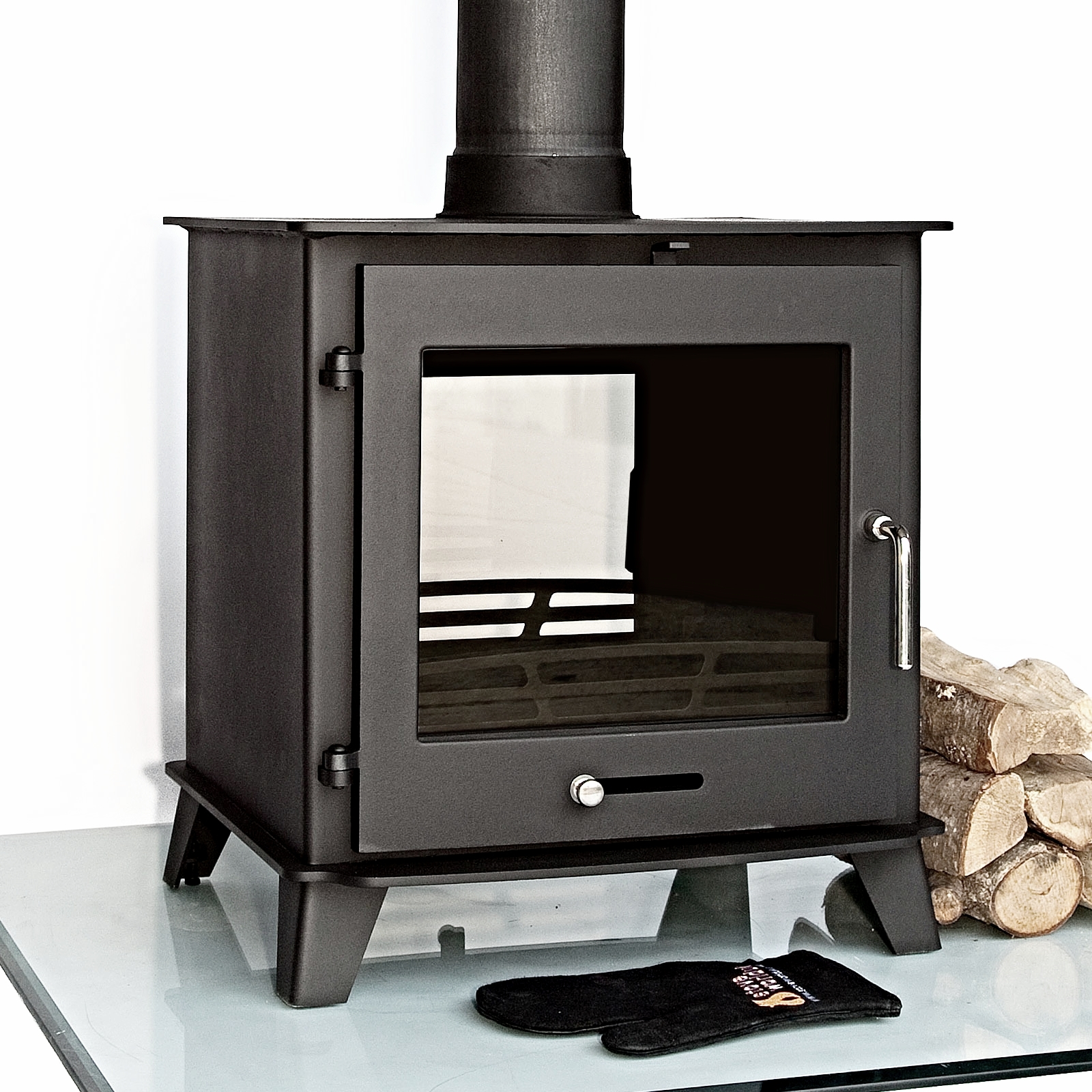 Double sided multi fuel stove